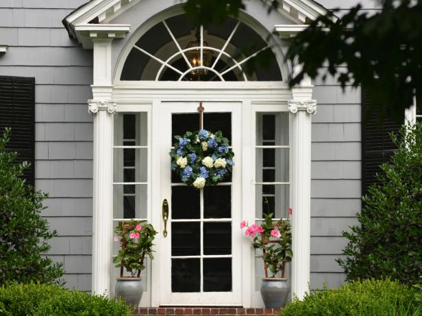 A few tips to improve the home entrance
